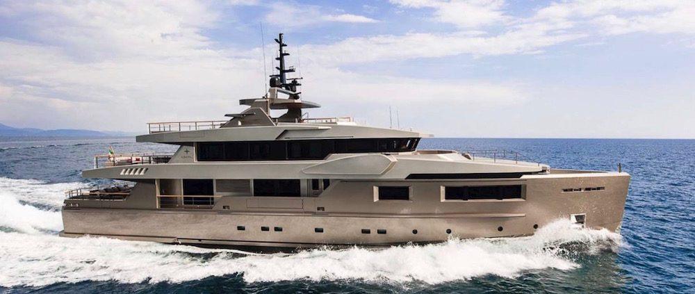 Superyacht Giraud