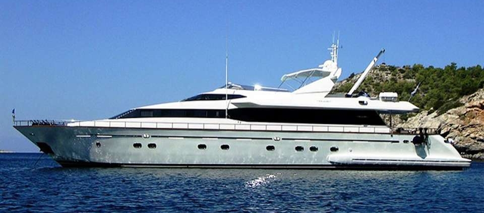 MY Falcon Island available for Cyclades Yacht Charters